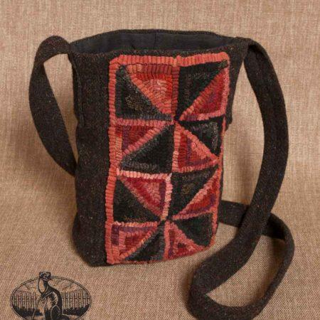 Hooked Pinwheel Purse design by Tish Bachleda