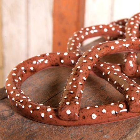 Pennsylvania pretzel design created by Bachleda Tulipware.