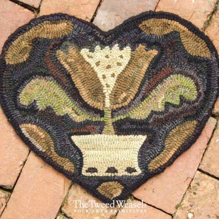 Tulip Heart Hooked rug Designed by Tish Bachleda